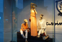时尚商店橱窗 免版税库存照片