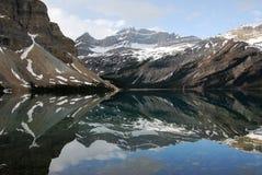 гора озера спокойная Стоковые Фото
