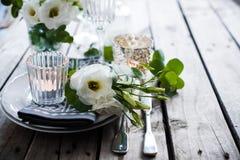 Украшение таблицы свадьбы лета Стоковое Изображение