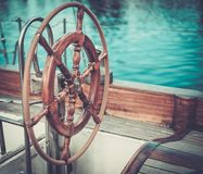Кормило на яхте Стоковое Фото
