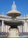 贝尔尼尼喷泉,圣彼得广场,罗马 图库摄影