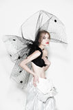 Женщина моды красивая под черной вуалью Стоковое фото RF