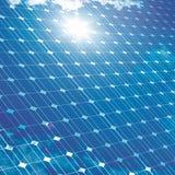 与太阳反射的光致电压的盘区 免版税库存照片