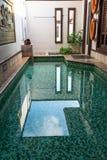 室内游泳池 免版税图库摄影