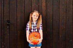 χαριτωμένο κορίτσι λίγο πορτρέτο Στοκ Εικόνες