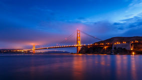 旧金山金门大桥在晚上 库存图片