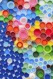被回收的瓶盖塑料 免版税库存图片