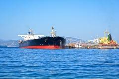 βυτιοφόρο σκαφών πετρελαίου της Γερμανίας Κίελο φορτίου καναλιών Στοκ Εικόνα