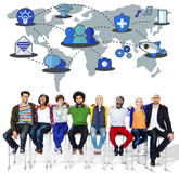 分享全球性通信连接概念的社会网络 免版税库存图片