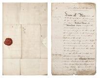 老手写的信函 与红色蜡封印的古色古香的纸板料 免版税图库摄影
