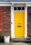 πόρτα κίτρινη Στοκ Εικόνα