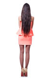 Όμορφο κορίτσι στο ρόδινο κοντό φόρεμα που απομονώνεται στο λευκό Στοκ Εικόνες