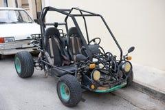 在埃伊纳岛海岛的体育自行车 免版税库存图片