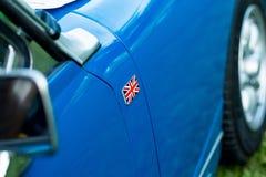 葡萄酒汽车细节-英国国旗徽章 库存照片