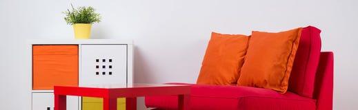 五颜六色的休闲空间在屋子里 库存图片