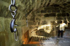 特写镜头桎梏在博德鲁姆城堡底部里面使用是土牢 图库摄影