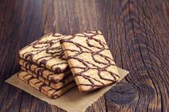方形的曲奇饼用巧克力 免版税库存照片
