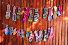 羊毛五颜六色的袜子 图库摄影
