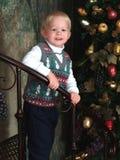 男孩圣诞树 免版税库存图片