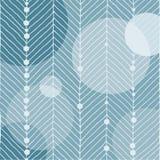 Мотив рождества с белыми линиями которые выглядеть как ель Круги глобуса и малые снежные комья на голубой ледистой предпосылке Дл Стоковые Фото