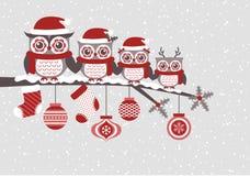 Σχέδιο Χριστουγέννων οικογενειακών κινούμενων σχεδίων κουκουβαγιών Στοκ Εικόνες