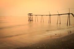 ψαλιδίζοντας απομονωμένο λευκό ύδατος αντλιών μονοπατιών Στοκ φωτογραφίες με δικαίωμα ελεύθερης χρήσης