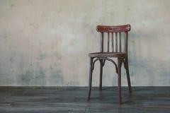стул старый Стоковые Изображения