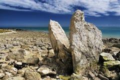 在多弗海岸线英国的巨石 库存图片