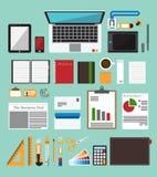 套在平的设计的办公设备 企业工作流程项目的象汇集 图库摄影