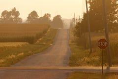 农村路在伊利诺伊 免版税图库摄影