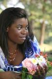 非洲裔美国人的华美的纵向妇女 免版税图库摄影