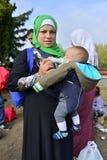 离开匈牙利的难民 免版税库存照片