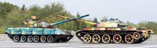 两辆和平坦克 免版税库存照片