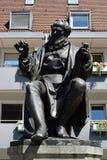 对汉斯・萨赫斯的纪念碑在纽伦堡,德国 库存图片