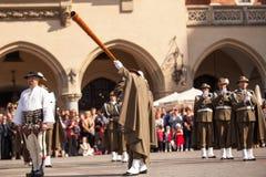 在大广场的军事乐队在年鉴波兰人全国和公休日期间宪法天 免版税库存照片