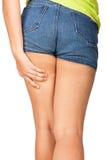 一个十几岁的女孩的脂肪团 免版税库存照片