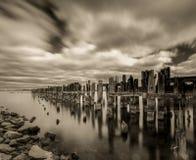 παλαιά αποβάθρα Στοκ εικόνες με δικαίωμα ελεύθερης χρήσης