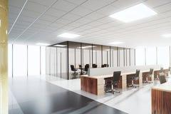 Σύγχρονο ελαφρύ γραφείο ανοιχτού χώρου με τη αίθουσα συνδιαλέξεων Στοκ εικόνες με δικαίωμα ελεύθερης χρήσης