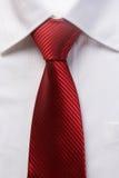 人的红色领带 免版税图库摄影