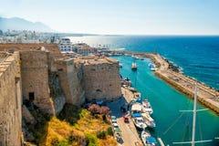 凯里尼亚城堡,威尼斯式塔看法  塞浦路斯 免版税库存图片