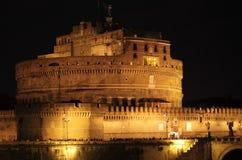 圣徒天使城堡在夜之前 免版税库存图片