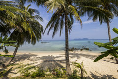 在海洋,刁曼岛的美丽的景色 免版税图库摄影