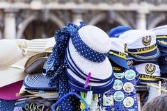 纪念品帽子在威尼斯,意大利 免版税图库摄影
