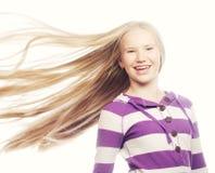秀丽青少年的女孩 美丽的模型表面 免版税库存照片
