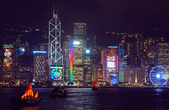 Сезонные приветствия на небоскребах Гонконга Стоковое фото RF