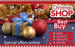 购物的抽象飞行物在圣诞节商店 免版税库存照片