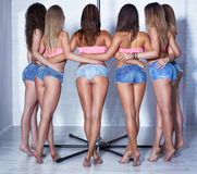 波兰人舞蹈女队 免版税库存图片