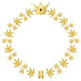 与叶子和冠的金黄花圈 库存图片