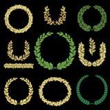 被设置的金和绿色花圈 免版税库存照片