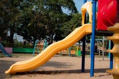 儿童操场在公园 免版税库存照片